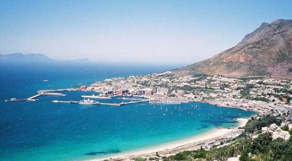 Simons Town harbour. Mariner Guest House - Luxury affordable holiday accommodation in Simons Town.